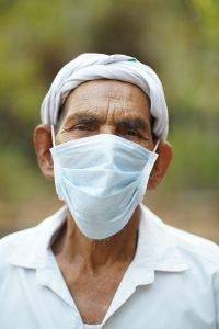 Masking up (Photo courtesy Pixabay)
